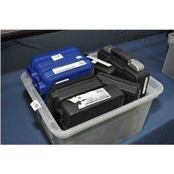 Pl. Tub : 7 Empty Pistol Cases Plastic Tub: Seven Empty Pistol Cases [ 2 Smith & Wesson - Sig Sauer