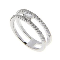 925 Silver Baguette Solitaire Ring. Size 8 Floatin