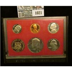 1021 _ 1982 S U.S. Proof Set in original case (cracked) as issued. This set contain the extra Mint m
