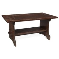 Arts & Crafts bungalow table