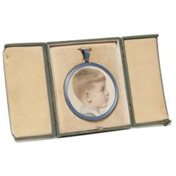 Enameled frame, French, round form