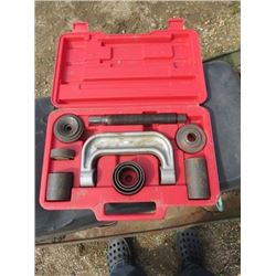 4WD BALL JOINT SERVICE SET