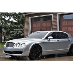 NO RESERVE! 2006 BENTLEY CONTINENTAL FLYING SPUR