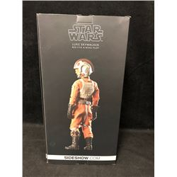 Luke Skywalker Red Five X-Wing Pilot STAR WARS SIDESHOW Collectibles EXCLUSIVE