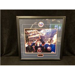 NEW YORK ISLANDERS STANLEY CUP CHAMPIONS AUTOGRAPHED FRAMED PHOTO W/ BOSSY, GILLIES, B. SMITH