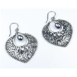 18CAI-61 PEARL EARRINGS