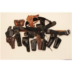 18KN-7 LEATHER LOT  HOLSTERS, AMMO POUCHES, ETC.