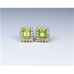 18CAI-52 PERIDOT & DIAMOND EARRINGS