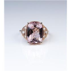 18CAI-55 MORGANITE & DIAMOND RING