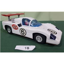 VINTAGE TIN BATTERY POWER RACE CAR