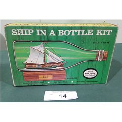 VINTAGE 1971 SHIP IN A BOTTLE KIT