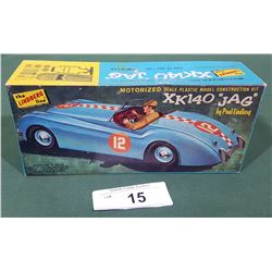 VINTAGE LINDBERG XK 140 JAG CAR MODEL KIT