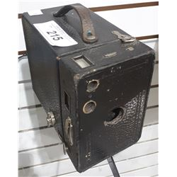 ANTIQUE KODAK NO. 2 BROWNIE BOX CAMERA