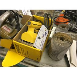 DEWALT PALM SHEET SANDER WITH SHEETS