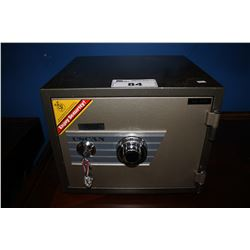 USCAN COMBINATION SAFE (NO COMBO)