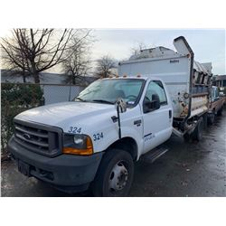 2001 FORD F-450 XL SUPER DUTY, GARBAGE TRUCK, WHITE, VIN # 1FDXF46F71EB33726