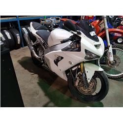 KAWASAKI MOTORCYCLE, WHITE *NO REGISTRATION MUST TOW* TMU, NO KEY