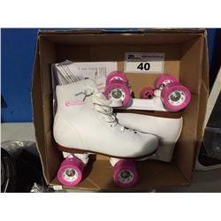PAIR OF CHICAGO SKATES GIRLS SIZE 4 ROLLER SKATES