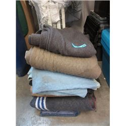 5 Assorted Packing Blankets