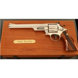 *Smith & Wesson 29-2 .44 Mag SN: N390021