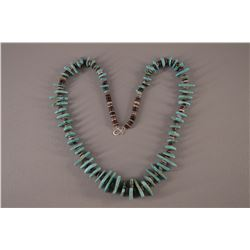 PUEBLO TURQUOISE AND SHELL NECKLACE