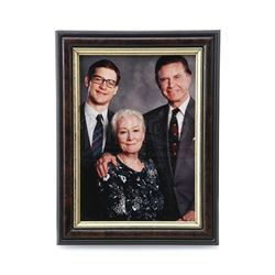 SPIDER-MAN (2002) - Parker Family Photograph