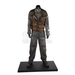STAR WARS: ROGUE ONE: A STAR WARS STORY (2016) - Bodhi Rook (Riz Ahmed) Exhibition Costume Display