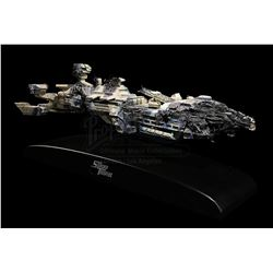 STARSHIP TROOPERS (1997) - Battle-Damanged Federation Corvette Transport Model Miniature
