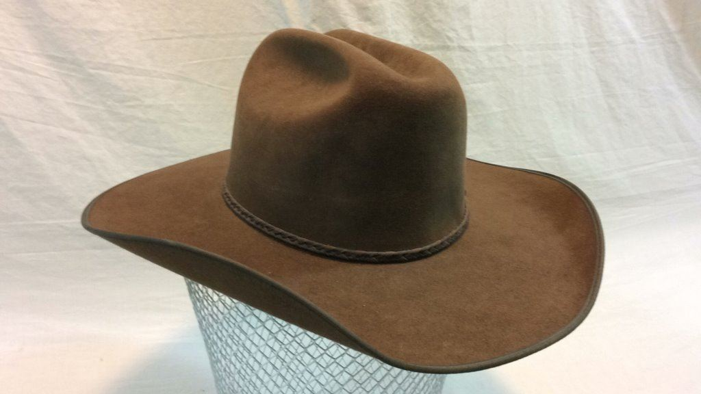 ... Image 2   Size 7 1 8 Resistol Self-conforming 4x Beaver Hat ... ee947c6bc00