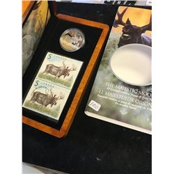 2004 CANADA $5 LIMITED EDITION COIN AND STAMP SET.THE MAJESTIC MOOSE
