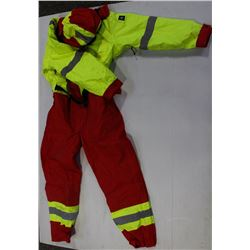 WRP INSULATED COVERALLS SIZE: LARGE -NEW