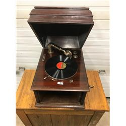 TABLE TOP GRAMOPHONE, WORKS