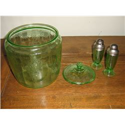 DEPRESSION GLASS(3)