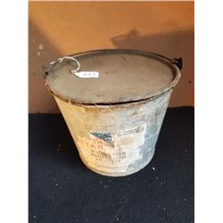 NORTH STAR WILLIAM PENN 5 LB. PAIL GREASE - AS FOUND