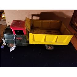 PRESSED STEEL STRUCTO DUMP TRUCK - ORIGINAL PAINT - 16""