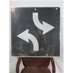 2 ARROW SIGN, BLACK 36X36