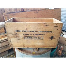 WOODEN CIL CRATE