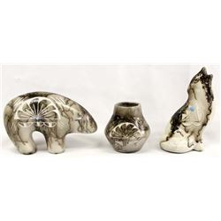 3 New Pieces New Navajo Etched Horsehair Pottery