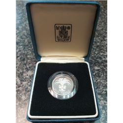 Great Britain 1985 £1 silver proof issue for the new Leek design, housed and sealed with the COA.
