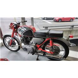 HONDA 1965 305 SUPER HAWK CB77 STREET COLLECTORS QUALITY