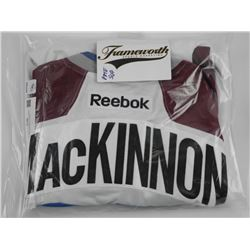 Nathan MacKinnon - Avalanche Jersey (2015-2017) Re