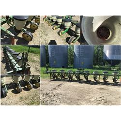 JOHN DEERE 71, 8 ROW CORN PLANTER