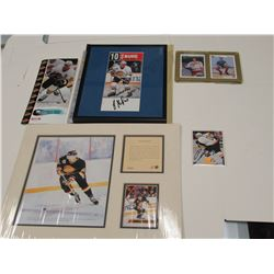 Signed Pavel Bure pictures and cards incl. Rookie card