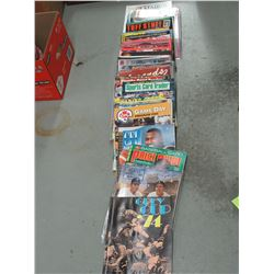 Lot of Mixed Card Collecting Magazines/Books