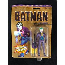 BATMAN -THE JOKER- ACTION FIGURE W/ SQUIRTING ORCHID