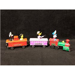 VINTAGE LOONEY TUNES TOY TRAIN LOT