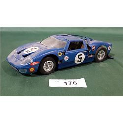 VINTAGE GT-40 ELECTRIC MODEL CAR