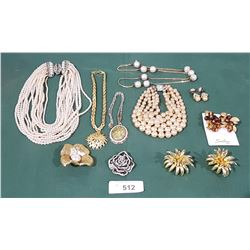 COLLECTION VINTAGE ESTATE JEWELRY