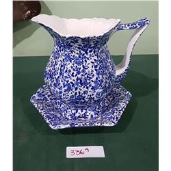 BLUE/WHITE PORCELAIN JUG & TRAY