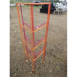 6 METAL COLORED TRELLISES